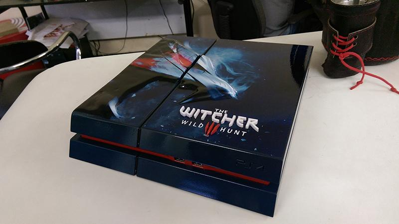 Custom Witcher PS4